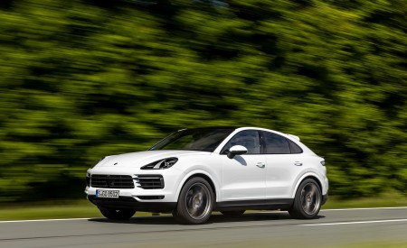 2020 Porsche Cayenne Coupé (Color: Carrara White Metallic) Front Three-Quarter Wallpapers 450x275 (133)