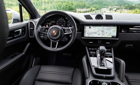2020 Porsche Cayenne Coupé (Color: Carrara White Metallic) Interior Cockpit Wallpapers 450x275 (169)