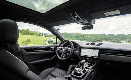 2020 Porsche Cayenne Coupé (Color: Carrara White Metallic) Interior Wallpapers 450x275 (171)