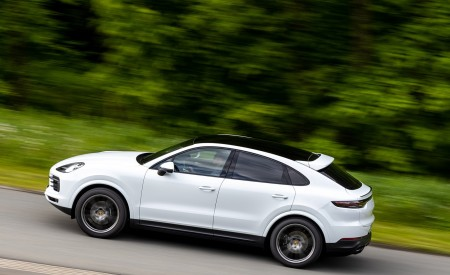 2020 Porsche Cayenne Coupé (Color: Carrara White Metallic) Side Wallpapers 450x275 (143)