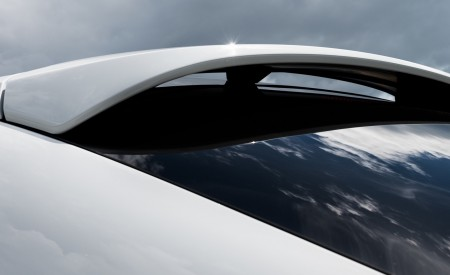 2020 Porsche Cayenne Coupé (Color: Carrara White Metallic) Spoiler Wallpapers 450x275 (159)