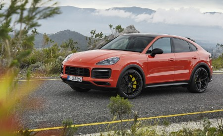 2020 Porsche Cayenne Coupe Front Three-Quarter Wallpapers 450x275 (180)