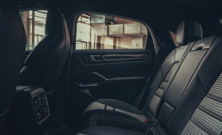 2020 Porsche Cayenne Coupe Interior Rear Seats Wallpapers 450x275 (210)