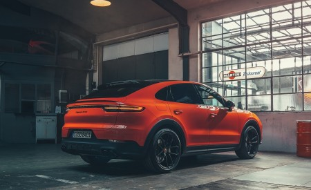2020 Porsche Cayenne Coupe Rear Three-Quarter Wallpapers 450x275 (194)