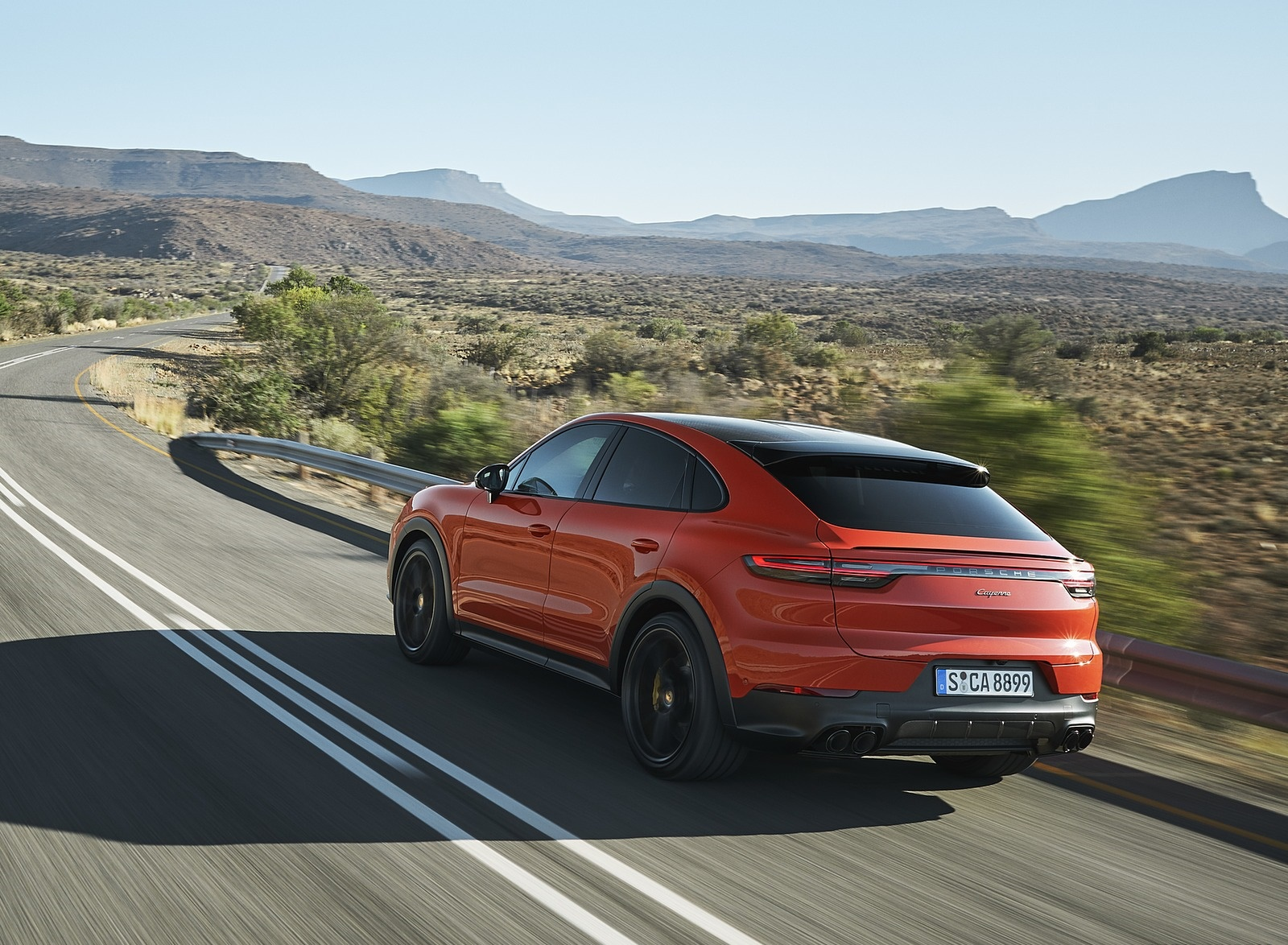 2020 Porsche Cayenne Coupe Rear Three-Quarter Wallpaper (5)