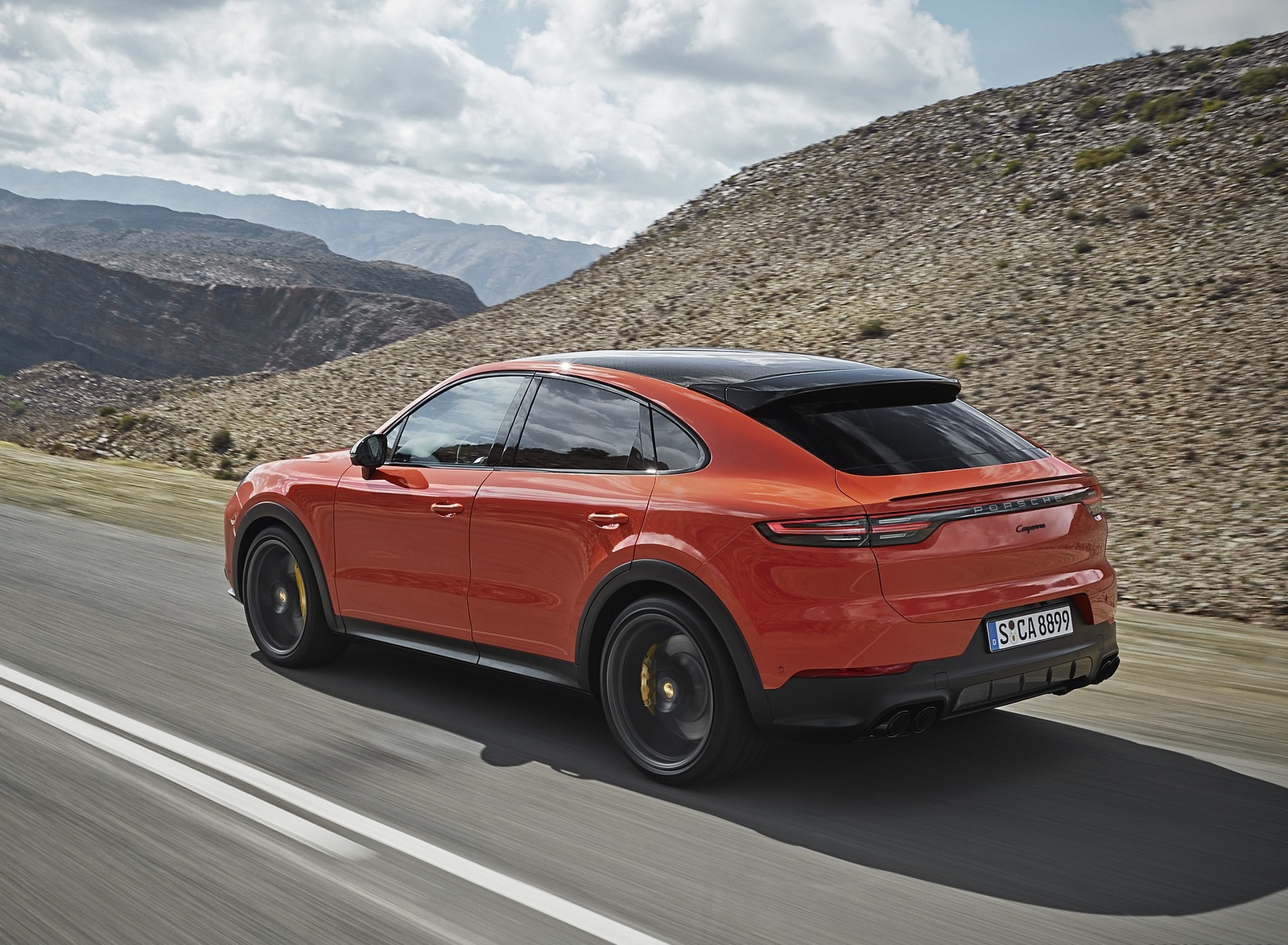 2020 Porsche Cayenne Coupe Rear Three-Quarter Wallpaper (6)
