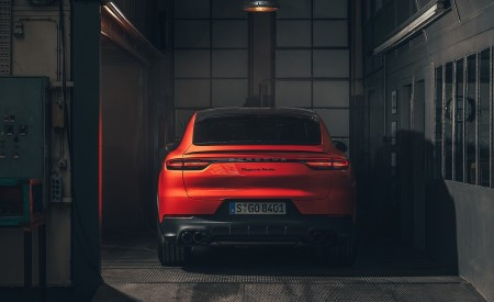 2020 Porsche Cayenne Coupe Rear Wallpapers 450x275 (196)