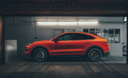 2020 Porsche Cayenne Coupe Side Wallpapers 450x275 (197)