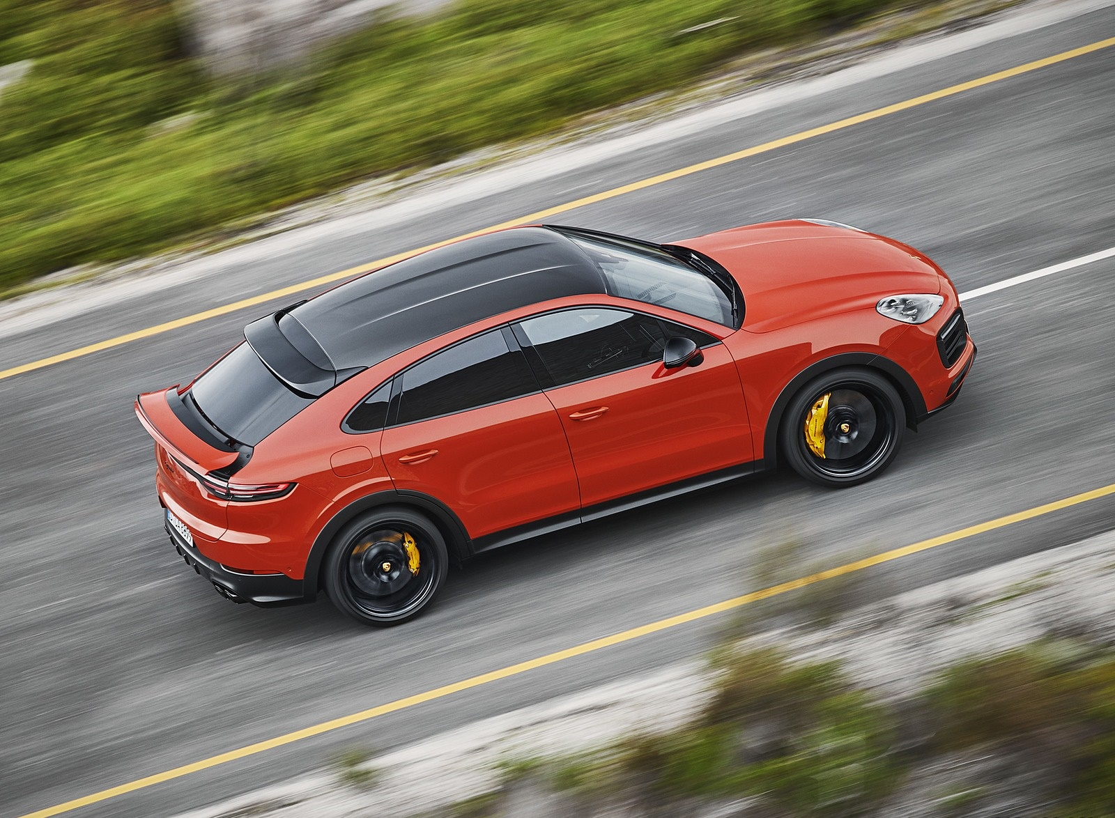 2020 Porsche Cayenne Coupe Top Wallpaper (7)
