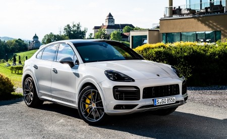 2020 Porsche Cayenne S Coupé (Color: Crayon) Front Three-Quarter Wallpapers 450x275 (47)