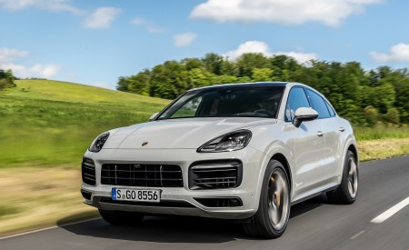 2020 Porsche Cayenne S Coupé (Color: Crayon) Front Three-Quarter Wallpapers 450x275 (40)