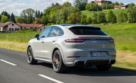 2020 Porsche Cayenne S Coupé (Color: Crayon) Rear Three-Quarter Wallpapers 450x275 (43)