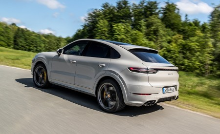 2020 Porsche Cayenne S Coupé (Color: Crayon) Rear Three-Quarter Wallpapers 450x275 (46)