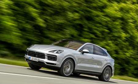 2020 Porsche Cayenne S Coupé (Color: Dolomite Silver Metallic) Front Three-Quarter Wallpapers 450x275 (77)
