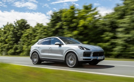 2020 Porsche Cayenne S Coupé (Color: Dolomite Silver Metallic) Front Three-Quarter Wallpapers 450x275 (87)