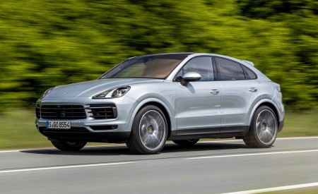 2020 Porsche Cayenne S Coupé (Color: Dolomite Silver Metallic) Front Three-Quarter Wallpapers 450x275 (79)