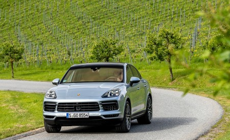2020 Porsche Cayenne S Coupé (Color: Dolomite Silver Metallic) Front Wallpapers 450x275 (95)