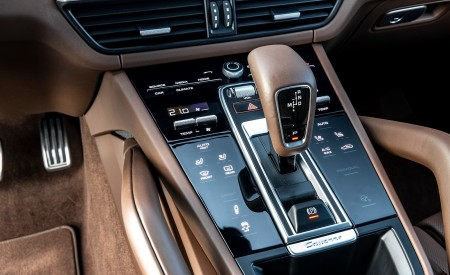 2020 Porsche Cayenne S Coupé (Color: Dolomite Silver Metallic) Interior Detail Wallpapers 450x275 (124)