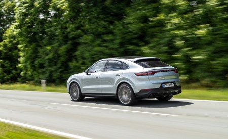 2020 Porsche Cayenne S Coupé (Color: Dolomite Silver Metallic) Rear Three-Quarter Wallpapers 450x275 (83)