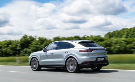 2020 Porsche Cayenne S Coupé (Color: Dolomite Silver Metallic) Rear Three-Quarter Wallpapers 450x275 (98)