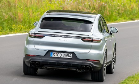 2020 Porsche Cayenne S Coupé (Color: Dolomite Silver Metallic) Rear Wallpaper 450x275 (99)