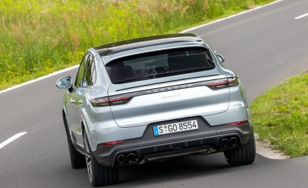 2020 Porsche Cayenne S Coupé (Color: Dolomite Silver Metallic) Rear Wallpapers 450x275 (100)
