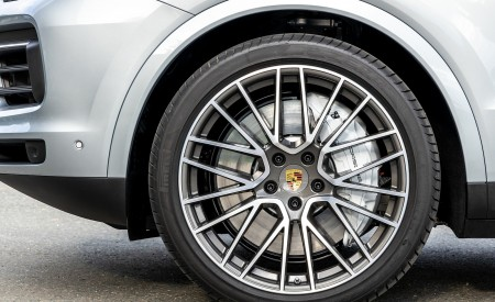 2020 Porsche Cayenne S Coupé (Color: Dolomite Silver Metallic) Wheel Wallpapers 450x275 (114)