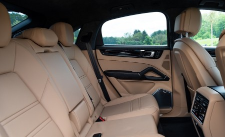 2020 Porsche Cayenne S Coupé (Color: Moonlight Blue Metallic) Interior Rear Seats Wallpapers 450x275 (75)