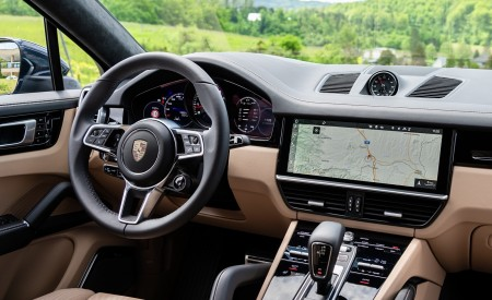 2020 Porsche Cayenne S Coupé (Color: Moonlight Blue Metallic) Interior Wallpapers 450x275 (71)