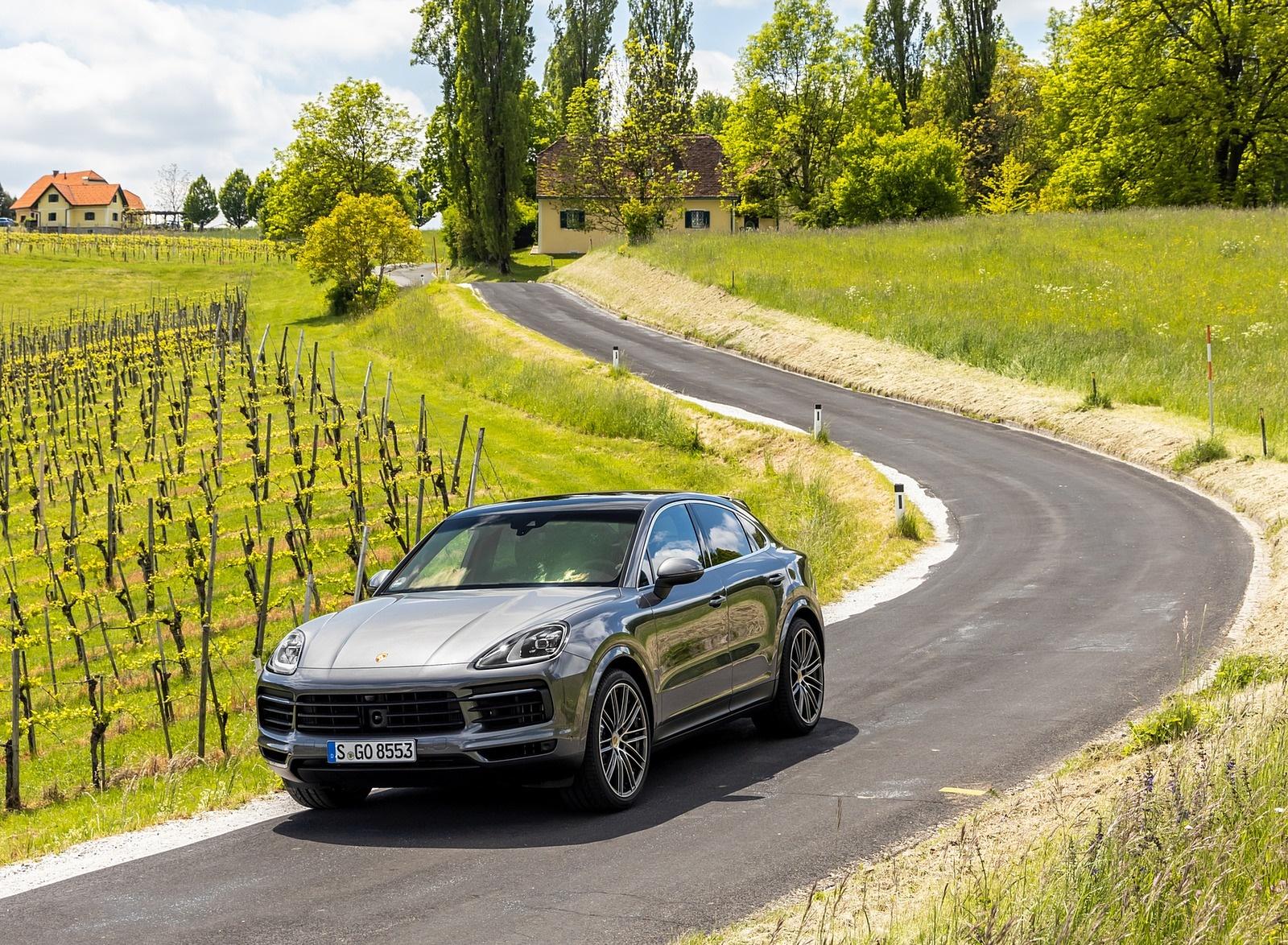 2020 Porsche Cayenne S Coupé (Color: Quarzite Grey Metallic) Front Three-Quarter Wallpapers (12)