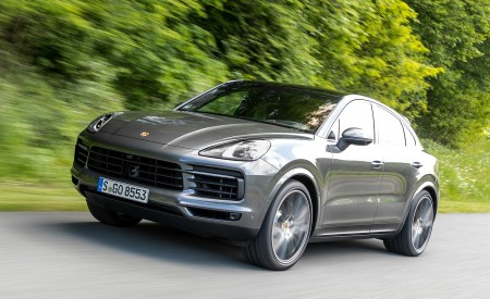2020 Porsche Cayenne S Coupé (Color: Quarzite Grey Metallic) Front Three-Quarter Wallpapers 450x275 (2)