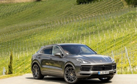 2020 Porsche Cayenne S Coupé (Color: Quarzite Grey Metallic) Front Three-Quarter Wallpapers 450x275 (14)