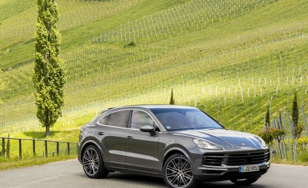 2020 Porsche Cayenne S Coupé (Color: Quarzite Grey Metallic) Front Three-Quarter Wallpapers 450x275 (16)