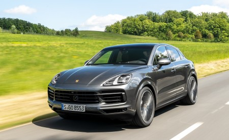 2020 Porsche Cayenne S Coupé (Color: Quarzite Grey Metallic) Front Three-Quarter Wallpapers 450x275 (4)