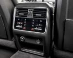 2020 Porsche Cayenne S Coupé (Color: Quarzite Grey Metallic) Interior Detail Wallpapers 150x120 (32)
