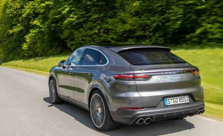 2020 Porsche Cayenne S Coupé (Color: Quarzite Grey Metallic) Rear Three-Quarter Wallpapers 450x275 (5)