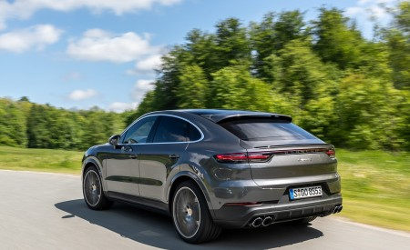 2020 Porsche Cayenne S Coupé (Color: Quarzite Grey Metallic) Rear Three-Quarter Wallpapers 450x275 (6)