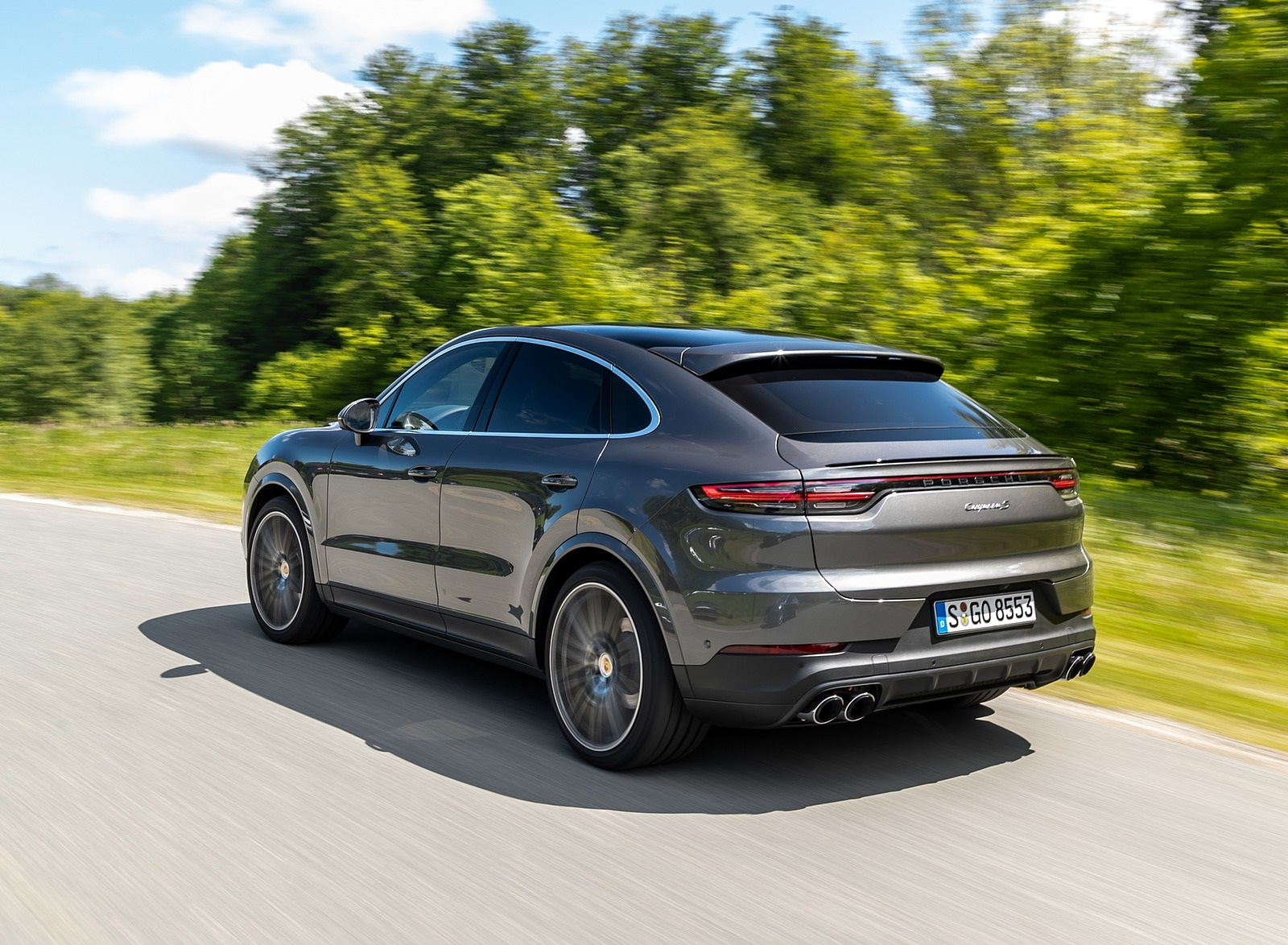 2020 Porsche Cayenne S Coupé (Color: Quarzite Grey Metallic) Rear Three-Quarter Wallpapers (7)