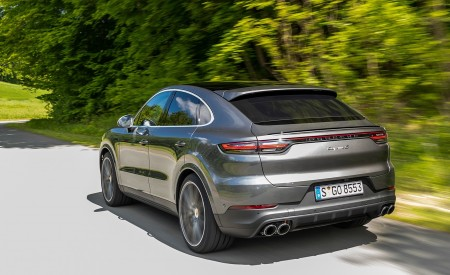 2020 Porsche Cayenne S Coupé (Color: Quarzite Grey Metallic) Rear Three-Quarter Wallpapers 450x275 (8)