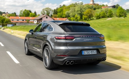 2020 Porsche Cayenne S Coupé (Color: Quarzite Grey Metallic) Rear Three-Quarter Wallpapers 450x275 (9)