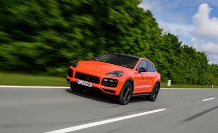 2020 Porsche Cayenne Turbo Coupe (Color: Lava Orange) Front Three-Quarter Wallpaper 450x275 (11)
