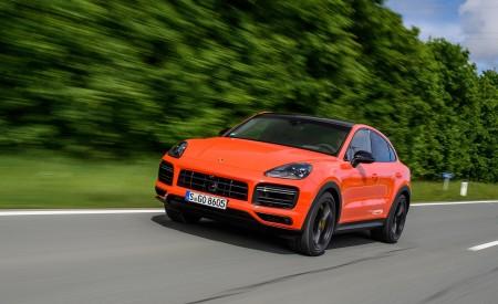 2020 Porsche Cayenne Turbo Coupe (Color: Lava Orange) Front Three-Quarter Wallpaper 450x275 (14)