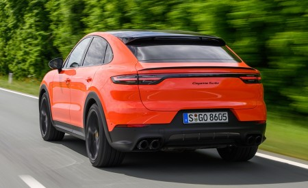 2020 Porsche Cayenne Turbo Coupe (Color: Lava Orange) Rear Three-Quarter Wallpaper 450x275 (28)