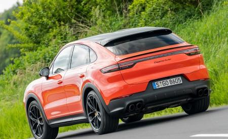 2020 Porsche Cayenne Turbo Coupe (Color: Lava Orange) Rear Three-Quarter Wallpaper 450x275 (37)