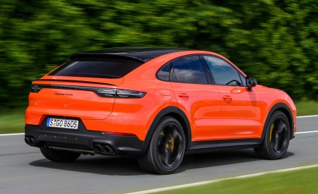 2020 Porsche Cayenne Turbo Coupe (Color: Lava Orange) Rear Three-Quarter Wallpaper 450x275 (19)