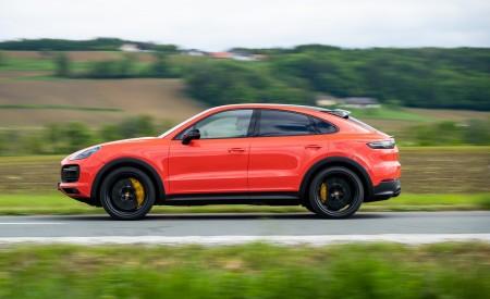 2020 Porsche Cayenne Turbo Coupe (Color: Lava Orange) Side Wallpaper 450x275 (32)