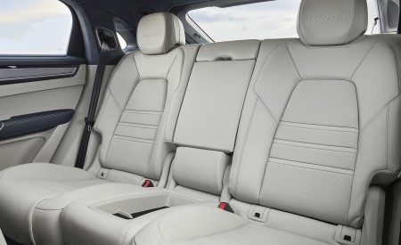 2020 Porsche Cayenne Turbo Coupe Interior Rear Seats Wallpaper 450x275 (69)