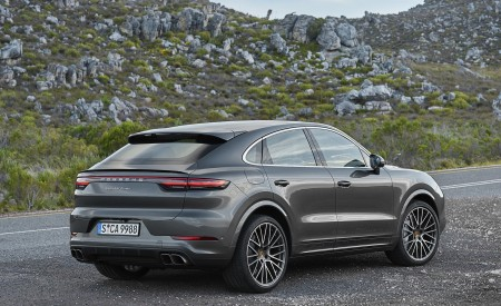 2020 Porsche Cayenne Turbo Coupe Rear Three-Quarter Wallpapers 450x275 (65)