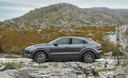2020 Porsche Cayenne Turbo Coupe Side Wallpapers 450x275 (62)
