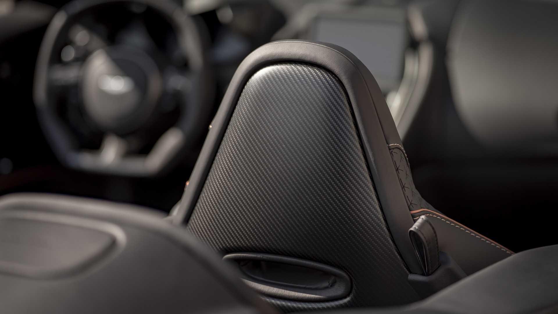 2019 Aston Martin DBS Superleggera Volante Interior Rear Seats Wallpapers (11)
